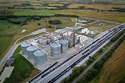 SHOT 9/4/20 7:59:43 PM - An aerial view of the E Energy facilities in Adams, Neb. The facility is a nameplate 50-million gallon natural gas fired ethanol plant located in southeast Nebraska with adjacent rail access. (Photo by Marc Piscotty / © 2020)