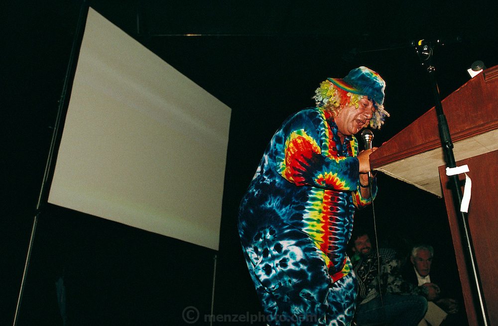 Cyberthon: Wavy Gravy, Hugh Romney, at a Virtual Reality Conference, San Francisco, California. He was at Woodstock as a member of an entertainment/activist commune known as the Hog Farm. (1990)