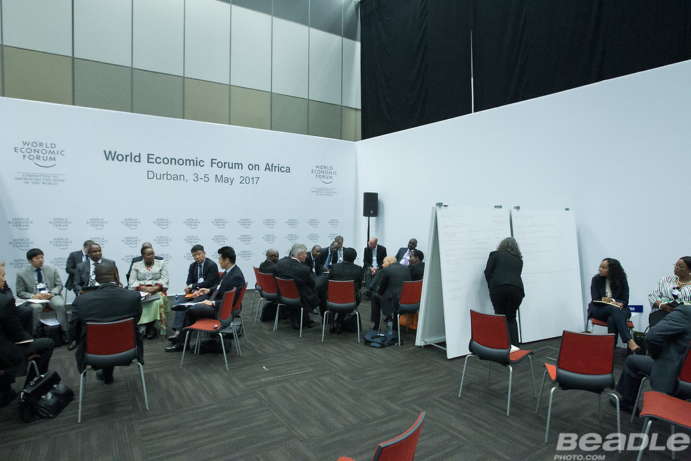 Participants interact at the World Economic Forum on Africa 2017 in Durban, South Africa. Copyright by World Economic Forum / Greg Beadle