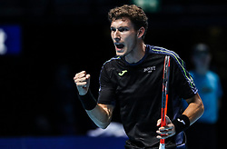 2017?11?15?.    ?????7???——ATP?????????????.       11?15??????????.       ???????????ATP???????????????????????????2?1???????????.       ?????????.?????? .(SP) BRITAIN-LONDON-TENNIS-ATP FINALS-THIEM VS BUSTA.(171115) -- LONDON, Nov. 15, 2017  Pablo Carreno Busta of Spain competes during the singles round-robin match against Dominic Thiem of Austria during the Nitto ATP World Tour Finals at O2 Arena in London, Britain on Nov. 15, 2017. Dominic Thiem won 2-1. (Credit Image: © Tang Shi/Xinhua via ZUMA Wire)