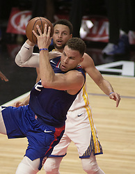 January 6, 2018 - Los Angeles, California, U.S - Blake Griffin #32 of the Los Angeles Clippers gets a rebound during their NBA game with the Golden State Warriors on Saturday January 6, 2018 at the Staples Center in Los Angeles, California. Clippers vs Warriors. (Credit Image: © Prensa Internacional via ZUMA Wire)