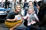 Koningin Maxima tijdens het jubileumsymposium ter gelegenheid van het tienjarig bestaan van Qredits-Microfinanciering Nederland.<br /> <br /> Queen Maxima during the jubilee symposium on the tenth anniversary of Qredits-Microfinanciering Nederland.<br /> <br /> Op de foto / On the photo:  Koningin Maxima / Queen Maxima