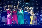 Concert Ladies of Soul 2015 in de Ziggo Dome, Amsterdam.<br /> <br /> Op de foto:  Trijntje Oosterhuis , Berget Lewis , Edsilia Rombley , Glennis Grace en Candy Dulfer