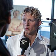 NLD/Rotterdam/20111116 - Presentatie Helden 11 magazine, Dirk Kuyt