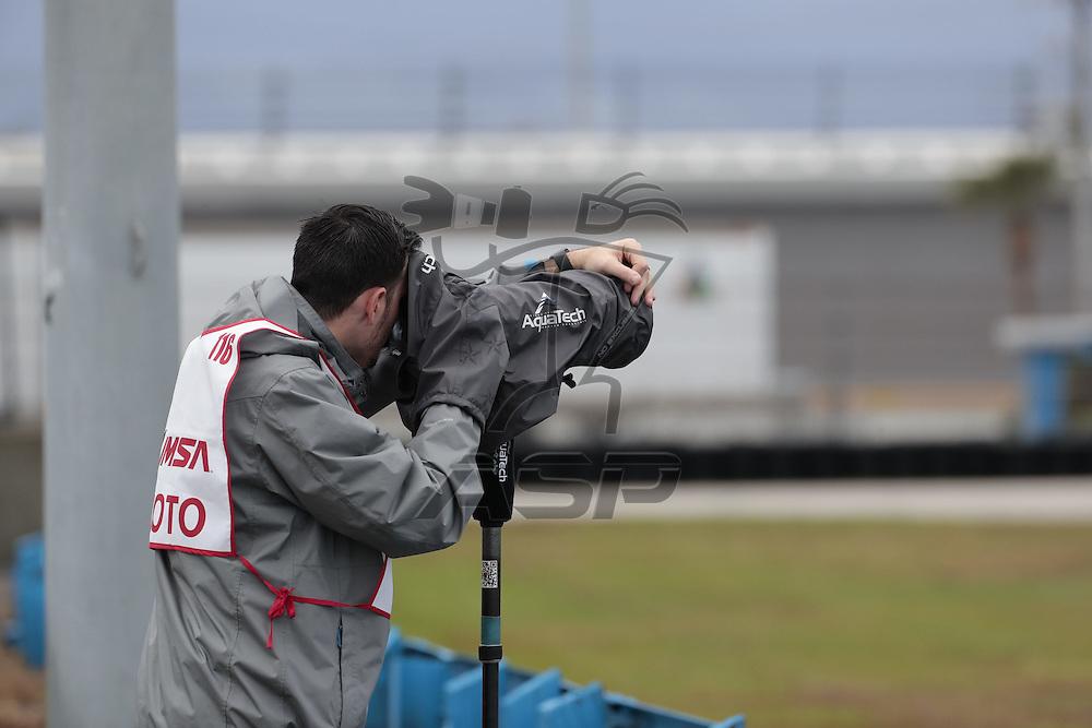 January 07, 2017 - Daytona Beach, Florida, USA:  The IMSA WeatherTech SportsCar Championship practice during the Roar Before The Rolex 24 at Daytona International Speedway in Daytona Beach, Florida.