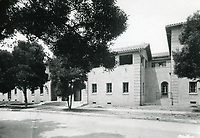 1926 The new Hollywood Studio Club on Lodi Pl.
