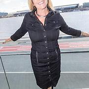 NLD/Amsterdam/20160829 - Seizoenspresentatie RTL 2016 / 2017, Angela Groothuizen