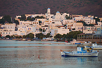 Grece, Cyclades, ile de Milos, Adamas, le port principal de Milos // Greece, Cyclades islands, Milos, Adams city and port