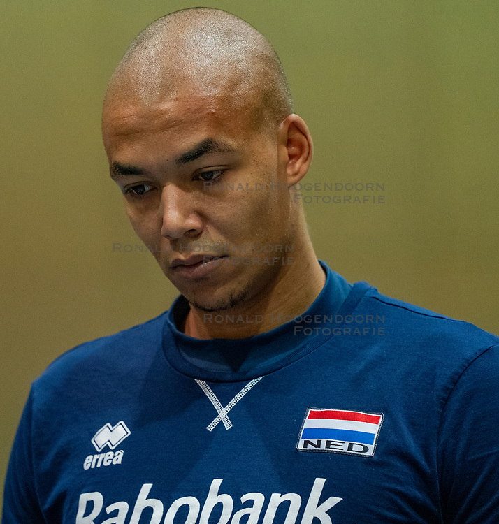 07-05-2019 NED: Press moment national volleyball team Men, Arnhem<br /> Roberto Piazza, the new national coach of the Dutch men's team, gives an overview of the group matches of the Golden European League, the OKT and the European Championship played in their own country / Nimir Abdelazziz