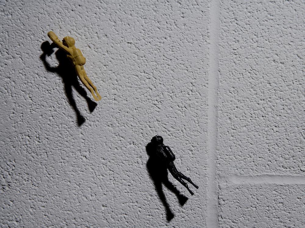 Combat in miniature