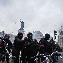2019/02 Gilets Jaunes Paris Acte 12