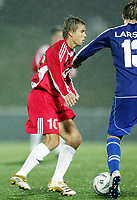 Fotball<br /> Royal League<br /> 24.11.2005<br /> Lyn v IFK Göteborg 1-0<br /> Tønsberg Stadion<br /> Foto: Morten Olsen, Digitalsport<br /> <br /> Niclas Alexandersson - IFK