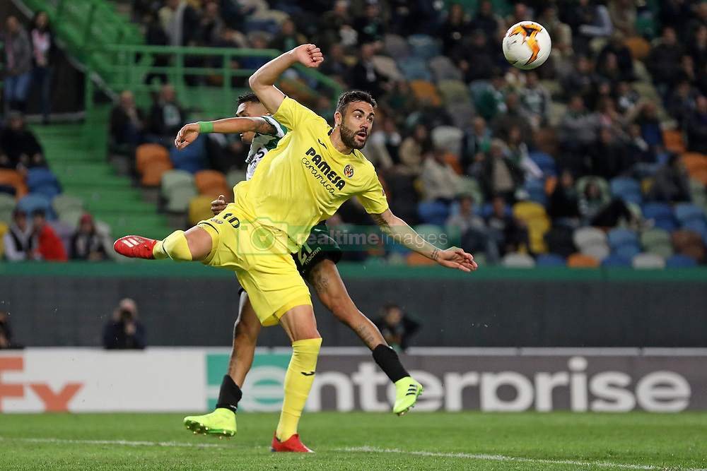 February 14, 2019 - Lisbon, Portugal - Vicente Iborra of Villarreal FC in action during the Europa League 2018/2019 footballl match between Sporting CP vs Villarreal FC. (Credit Image: © David Martins/SOPA Images via ZUMA Wire)