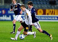 08.03.09 Fotball eliteserien (treningskamp) stavanger stadion Viking - Rosenborg<br /> Rosenborgs Marek Sapara i duell med Vikings Andre Danielsen
