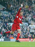 19/12/2004 - FA Barclays Premiership - Liverpool v Newcastle United - Anfield, Liverpool<br />Liverpool's Neil Mellor celebrates scoring the second goal<br />Photo:Jed Leicester/Back Page Images