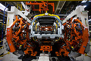 Betim_MG, Brasil...Linha de producao da FIAT em Betim, Minas Gerais. ..The production line FIAT in Betim, Minas Gerais...Foto: LEO DRUMOND / NITRO