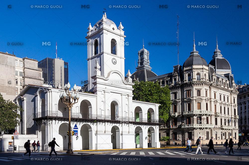 CABILDO, PLAZA 25 DE MAYO, CIUDAD DE BUENOS AIRES, ARGENTINA (PHOTO © MARCO GUOLI - ALL RIGHTS RESERVED)