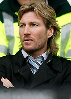 Photo: Steve Bond/Sportsbeat Images.<br /> Derby County v Blackburn Rovers. The FA Barclays Premiership. 30/12/2007. Robbie Savage looks on from the stand