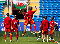 CARDIFF, WALES - Sunday, September 6, 2020: Wales' Neco Williams (L) and Will Vaulks during the pre-match warm-up before the UEFA Nations League Group Stage League B Group 4 match between Wales and Bulgaria at the Cardiff City Stadium. (Pic by David Rawcliffe/Propaganda)