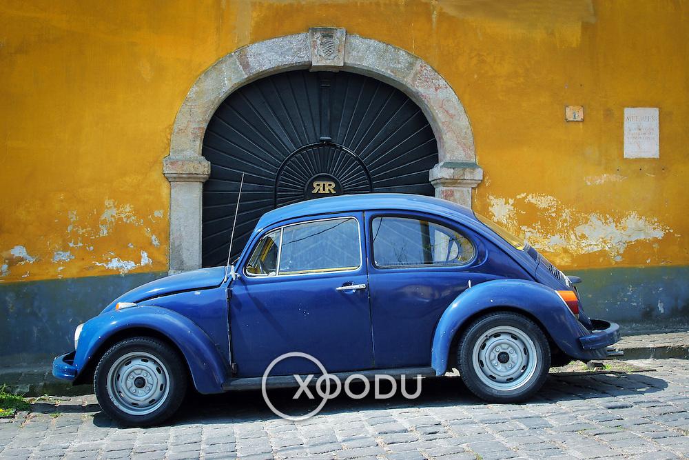 Old Volkswagen, Szentendre, Hungary (April 2007)