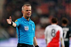 23-11-2019 NED: FC Utrecht - AZ Alkmaar, Utrecht<br /> Round 14 / Referee Bjorn Kuipers