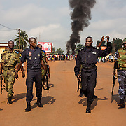 November 17th 2013, Following the killings of magistrate Bria and a soldier on Saturday 17th 2013, the younth took the streets in the area of Benzeville in Bangui. <br /> The police and gendarmerie decide to leave the are where the protest is taking place as rumors say that the Seleka is on its way. <br /> Shortly after the Seleka, arrived and killed two and wounded one civilians