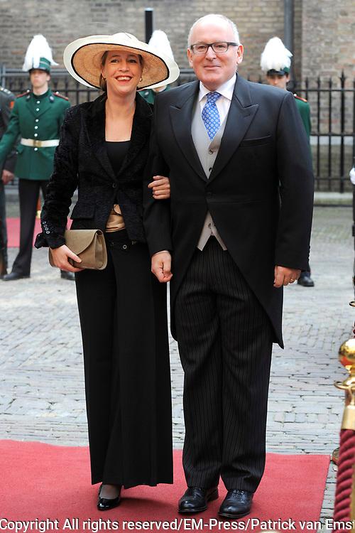 Prinsjesdag 2014 - Aankomst Politici op het Binnenhof.<br /> <br /> Op de foto:  Frans Timmermans  - Minister van Buitenlandse Zaken
