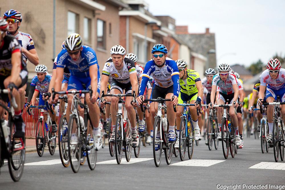 366469-wielerwedstrijd in Heist-Goor- 1 Theuns Edward , 2 Drancourt Pierre , 3  Jo Maes