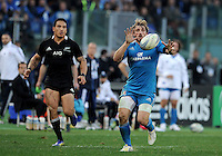 Rome, Italy -In the photo Bergamasco in advanced of Savea  during .Olympic stadium in Rome Rugby test match Cariparma.Italy vs New Zealand (All Blacks). (Credit Image: © Gilberto Carbonari).