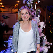 NLD/Hilversum/20121207 - Skyradio Christmas Tree, Daphne Lammers bij haar kerstboom
