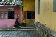 Prayer ceremony, Diêu Dié Pagoda, Hue