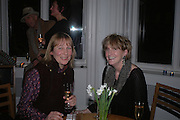 Tanya Harrod and Lady Lucinda Lambton. ( Sir Peregrine Worstorne's first and second wife. ) Annabel Freyberg and Andrew Barrow drinks party. The Royal Geographical Society. 5 January 2006. ONE TIME USE ONLY - DO NOT ARCHIVE  © Copyright Photograph by Dafydd Jones 66 Stockwell Park Rd. London SW9 0DA Tel 020 7733 0108 www.dafjones.com
