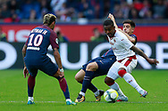 Paris Saint Germain's Spanish defender Yuri Berchiche tackles during the French Championship Ligue 1 football match between Paris Saint-Germain and Girondins de Bordeaux on September 30, 2017 at the Parc des Princes stadium in Paris, France - Photo Benjamin Cremel / ProSportsImages / DPPI