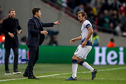 November 6, 2018 - London, Greater London, England - Mauricio Pochettino manager of Tottenham Hotspur gives instructions to Harry Kane of Tottenham Hotspur during the UEFA Champions League Group Stage match between Tottenham Hotspur and PSV Eindhoven at Wembley Stadium, London, England on 6 November 2018. Photo by Salvio Calabrese. (Credit Image: © AFP7 via ZUMA Wire)