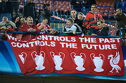MADRID, SPAIN - Wednesday, October 22, 2008: Liverpool supporters and a banner 'Who controls the past controls the future' during the UEFA Champions League Group D match against Club Atletico de Madrid at the Vicente Calderon. (Photo by David Rawcliffe/Propaganda)