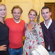 NLD/Amsterdam/20150831 - Premiere Meiden van de Herengracht, Marit van Bohemen, Sander Foppele, Peggy Vrijens, Levi van Kempen