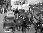 Petrol Strike at Dublin Garages.15/11/1959 Cars, motorbikes, Q, Queue, shortage, rationing, shell, delivery drivers, Servis, Irelands, best washer, betting office, santry,
