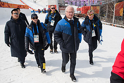 February 18, 2018 - Pyeongchang, SOUTH KOREA - 180218 H.M Carl XVI Gustaf, King of Sweden, during the Men's Slopestyle Finale during day nine of the 2018 Winter Olympics on February 18, 2018 in Pyeongchang..Photo: Petter Arvidson / BILDBYRÃ…N / kod PA / 91979 (Credit Image: © Petter Arvidson/Bildbyran via ZUMA Press)