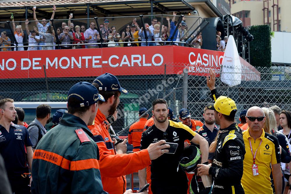 Daniel Ricciardo (Renault) with fans after qualifying for the 2019 Monaco Grand Prix. Photo: Grand Prix Photo