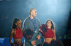 30-12-2002 BASKETBAL: HBW FINALE RICOH ASTRONAUTS - RACING BASKET ANTWERPEN: HAARLEM<br /> Travis Reed<br /> ©2002-WWW.FOTOHOOGENDOORN.NL