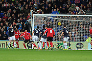 Cardiff city's Kim Bo-Kyung (13) scores a late equaliser to make it 2-2.  Barclays Premier League match, Cardiff city v Manchester Utd at the Cardiff city stadium in Cardiff, South Wales on Sunday 24th Nov 2013. pic by Andrew Orchard, Andrew Orchard sports photography,