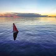 Leg 4, Melbourne to Hong Kong, day 08 on board MAPFRE, Sunset without wind, dongfeng in the background. Photo by Ugo Fonolla/Volvo Ocean Race. 09 January, 2018..