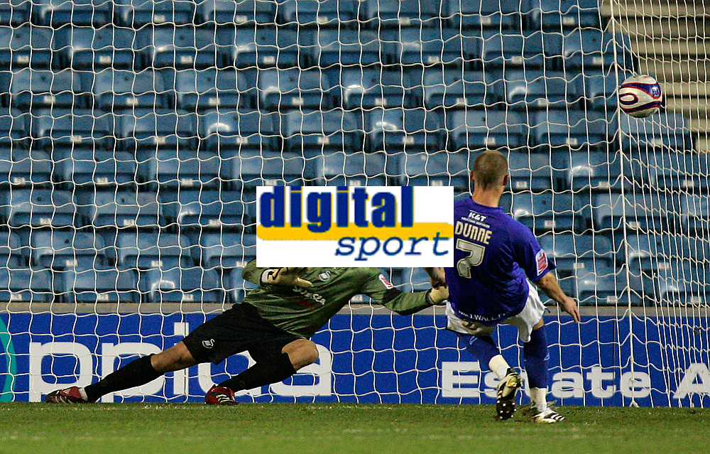 Photo: Tom Dulat/Sportsbeat Images.<br /> <br /> Millwall v Swansea City. Coca Cola League 1. 06/11/2007.<br /> <br /> Alan Dunne of Millwall scores penalty. Millwall leads 2-1. Goalkeeper of Swansea City Dorus de Vries missed to save the ball.