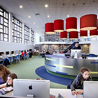 Nederland, Amsterdam , 30 november 2011..De gerenoveerde Spinosalyceum met de nieuwe mediatheek..Foto:Jean-Pierre Jans