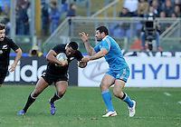 Rome, Italy -In the photo Savea opposed by adversary  during .Olympic stadium in Rome Rugby test match Cariparma.Italy vs New Zealand (All Blacks). (Credit Image: © Gilberto Carbonari).