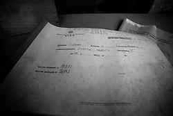 """Questo è un registro della S.I.A.E. dove venivano registrati tutti i film proiettati durante le serate. In oltre veniva registrato anche il numero di paganti e l'incasso della serata. Il medesimo registro è stato fotografato nel vecchio cinema abbandonato di Lizzano, il """"Cinema Massimo"""". Costruito negli anni 30 sulla parte destra del castello di Lizzano (Ta), nel corso degli anni ha subìto una crisi, in particolar modo negli anni 70. Per sfuggire a quel momento delicato, il cinema Massimo si buttò sul filone pornografico. I registri rimasti nel cinema sono tutti risalenti agli anni 70."""