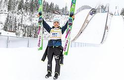 19.02.2016, Salpausselkae Schanze, Lahti, FIN, FIS Weltcup Ski Sprung, Lahti, Damen, im Bild Siegerin Sara Takanashi (JPN) // Winner Sara Takanashi of Japan during Ladies FIS Skijumping World Cup of the Lahti Ski Games at the Salpausselkae Hill in Lahti, Finland on 2016/02/19. EXPA Pictures © 2016, PhotoCredit: EXPA/ JFK
