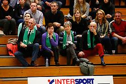 20141217 NED: Challenge Cup, Coolen Alterno - VDK Gent: Apeldoorn<br />Mevrouw Riet Ooms was aandachtig toeschouwster bij de wedstrijd<br />©2014-FotoHoogendoorn.nl / Pim Waslander