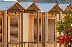 THEMENBILD - Umkleidehäuschen am Strand, aufgenommen am 16. Juni 2018, Lignano Sabbiadoro, Österreich // Cabins on the beach on 2018/06/16, Lignano Sabbiadoro, Austria. EXPA Pictures © 2018, PhotoCredit: EXPA/ Stefanie Oberhauser