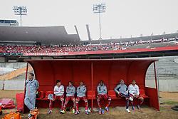 Banco de reservas da equipe visitante no estádio Beira Rio durante a partida entre Inter e Fluminense, válida pela 23 rodada do Campeonato Brasileiro 2012. FOTO: Jefferson Bernardes/Preview.com